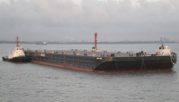 Crowley Receives First Two Heavy-Lift Deck Barges in Singapore to