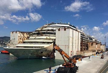 TITAN Salvage - Costa Concordia arrives in Genoa 2
