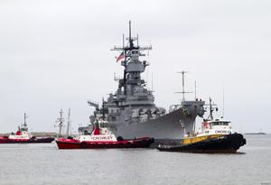 USS_Iowa_Crowley