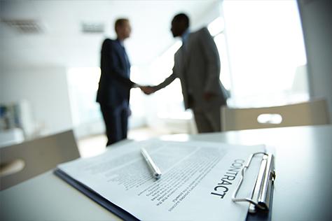 contract-shake-hands